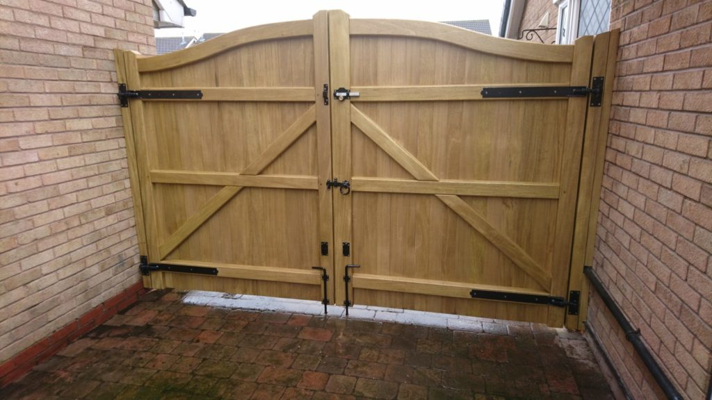 Driveway Gates - Southern Ornamentals and Fence - Fence